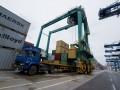 China's February exports up 4.2%, imports up 44.7%